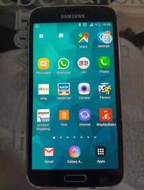 Samsung Galaxy S5- Unlocked- Excellent Condition- Boxed