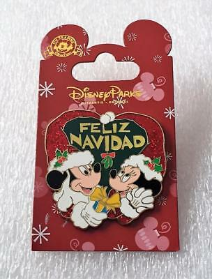 Usado, Disney Mickey and Minnie Mouse Feliz Navidad Christmas Holiday Pin segunda mano  Embacar hacia Argentina