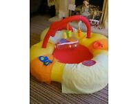 Inflatable ball pit/ paddling pool for child 12-36 months