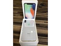 iPhone X 64 GB ( silver & unlocked ) + Belkin wireless charger