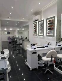 Beauty room/ nail chairs/ hairdressing chair to rent