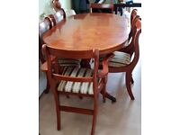 Beautiful Yew Dining Room Table With 6 Chairs