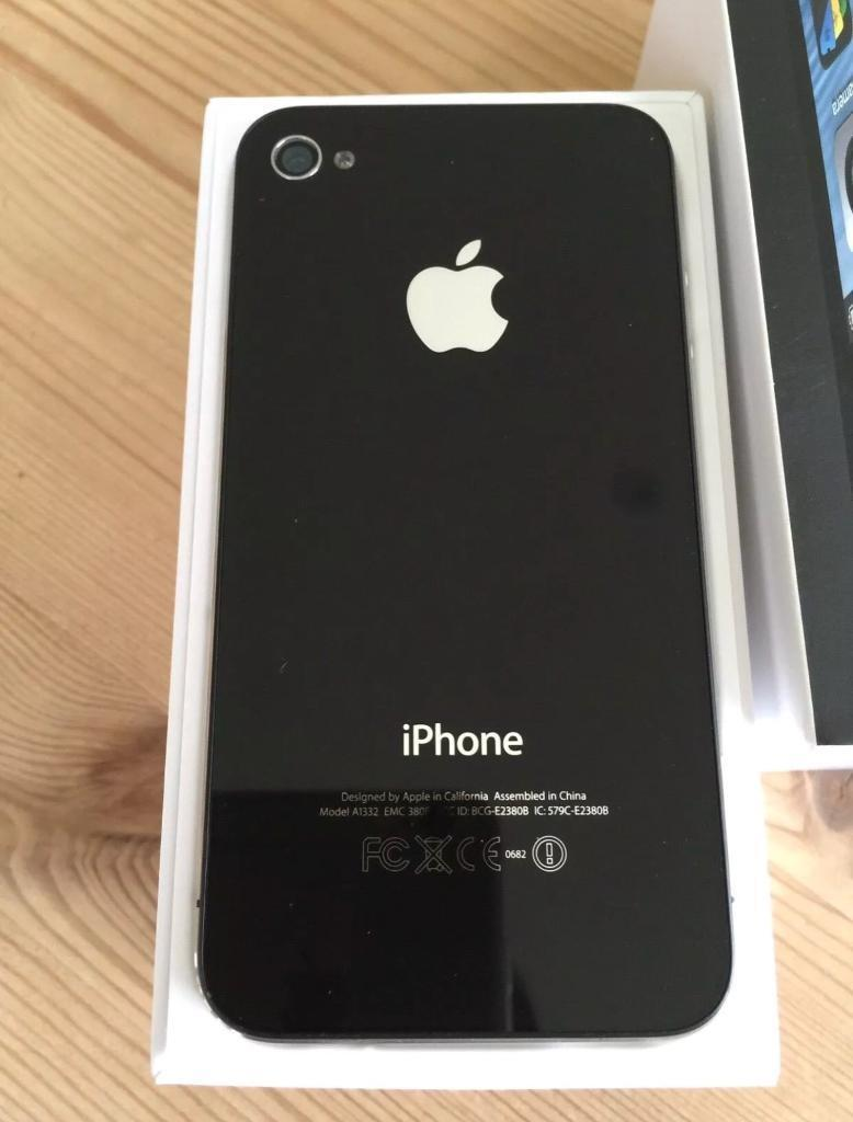 32 gb iPhone 4 Perfect condition Black O2 network can deliver