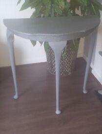 Grey & silver glitter half moon table