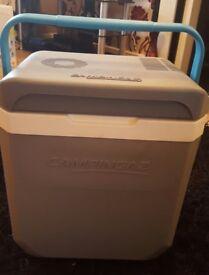 Campingaz electric cooler 24litre 12V / 230V