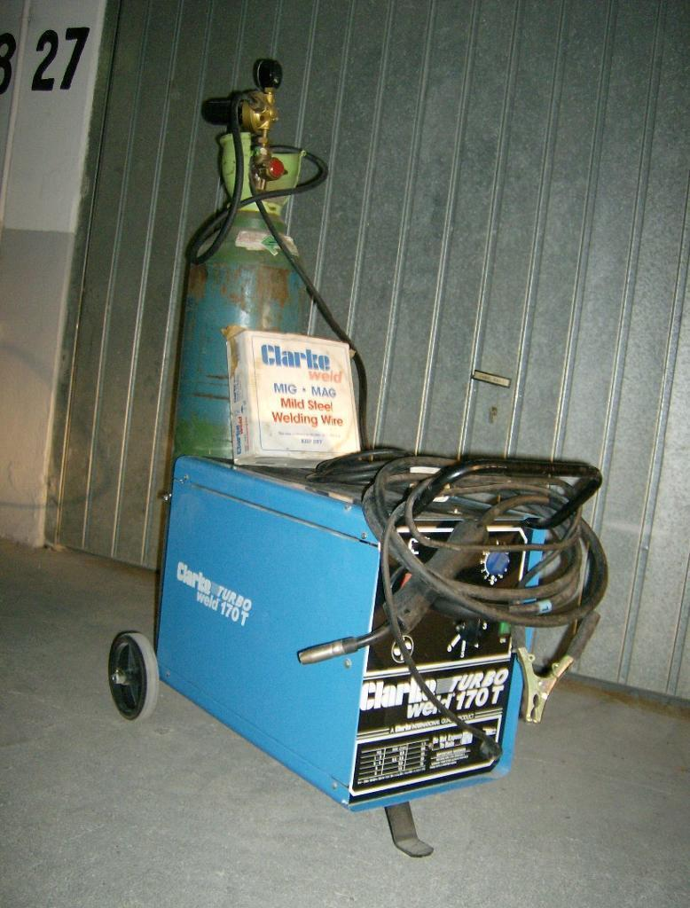 MIG WELDER: CLARKE TURBO WELD 170T WITH WIRE | in Leigh, Manchester ...