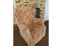 2 seater sofa suite with 2 chairs one of which is a recliner