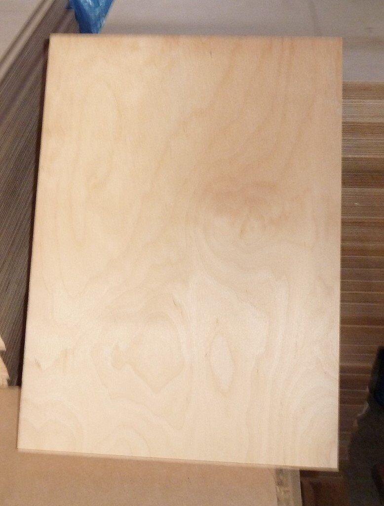 25 Pieces Of NEW 22mm B/BB Grade Russian Birch Plywood 17½in X 12½in (