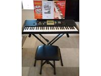 Yamaha Keyboard YPT-220 - including keyboard stand and stool, instructions and course books