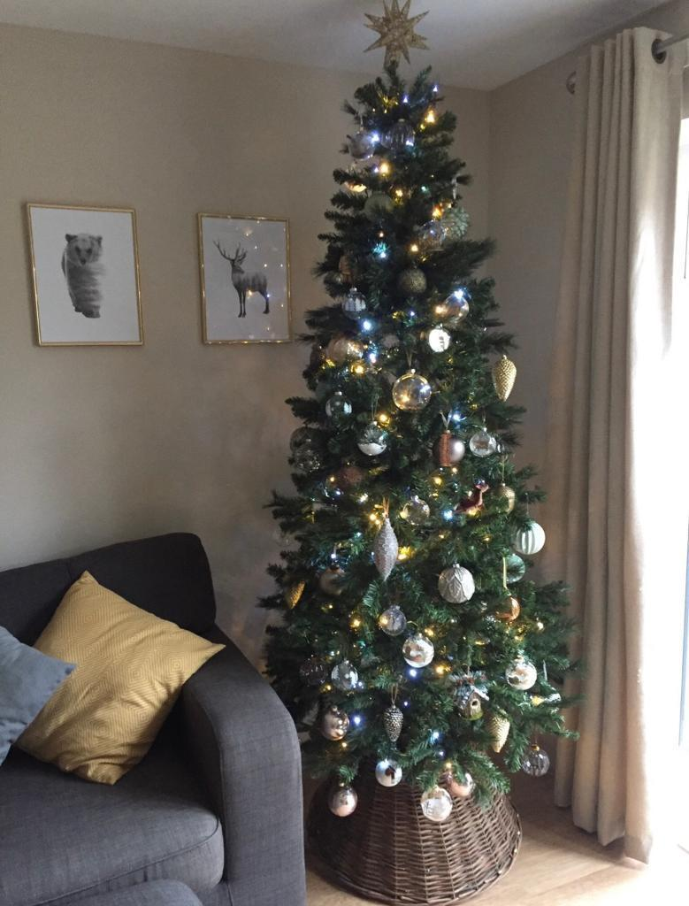 Artificial Christmas Tree Box.7ft Artificial Christmas Tree With Box In Horsham West Sussex Gumtree