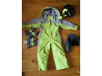 New complete ski outfit for 3-4years