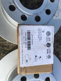 VW Golf Brake pads and discs (rear).