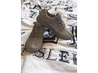 Adidas yeezy boost size 6.5