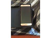 Brand new Samsung Galaxy s7 edge gold 32 go ee