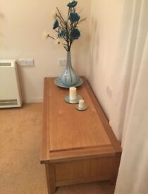 OAK UNIT. THREE DRAW. THIS IS A LOVELY PIECE OF FURNITURE BUT SPACE NEEDED.