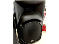 Pair of Mackie SRM450 Version 2 speakers / monitors - Amazing quality and power
