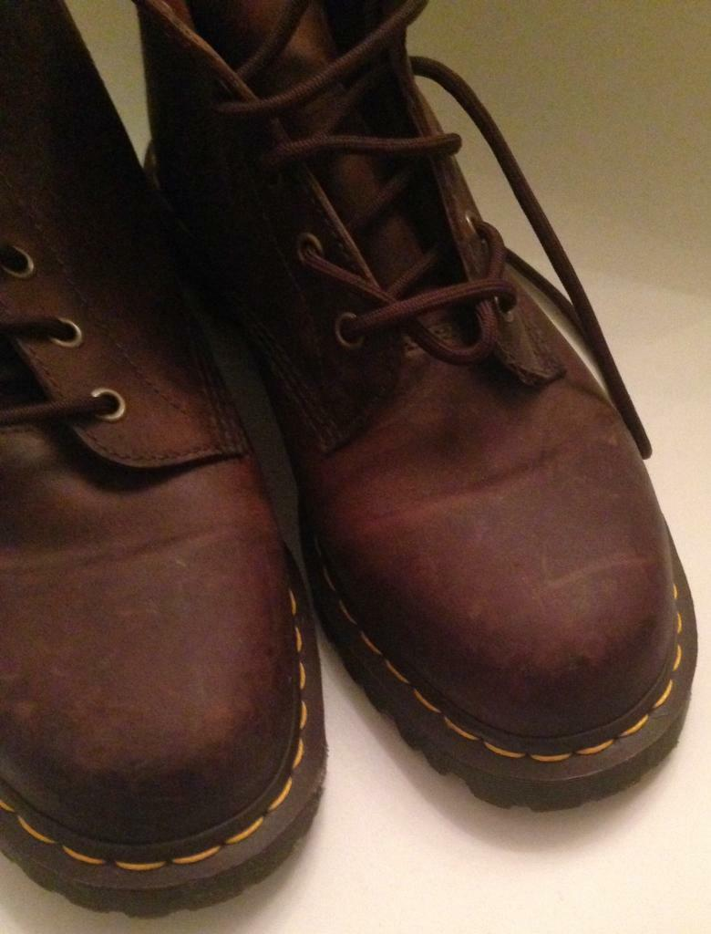 Leather Dr Martens 10