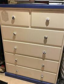 heavy oak chest of drawers