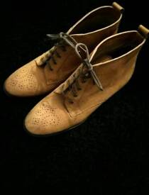 Topshop tan ankle brogue boots size 6