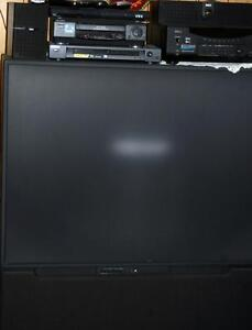 "52"" Projection TV Hitachi"
