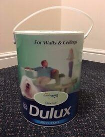 Dulux Willow Tree Rich Emulsion Paint 5L