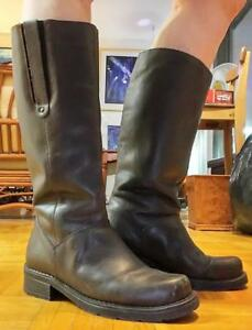 RIDING BOOTS Womens 9 Brown Real Cowhide Leather Made in CANADA Excellent Quality Rider Rubber Soles Low heels Flats VTG