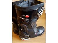 TCX R-S2 Motor cycle boots size 11 (46)