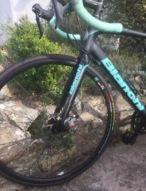Bianchi impulso Road bike 105 Disc 2016 Size 55 £890.