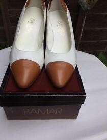 BAMAR Italian leather court shoes size 41/7