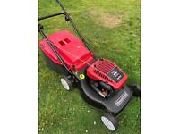 Mountfield self propelled lawnmower just serviced Briggs & Stratton reliable engine mower