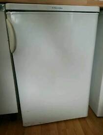 ELECTROLUX UNDETCOUNTER FRIDGE/FREEZER TT160 IN VERY GOOD AND CLEAN CONDITION, £30 IF COLLECTED ASAP