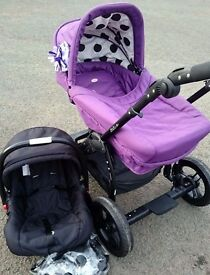 Obaby Zezu Travel System in Excellent Condition REDUCED TO CLEAR!