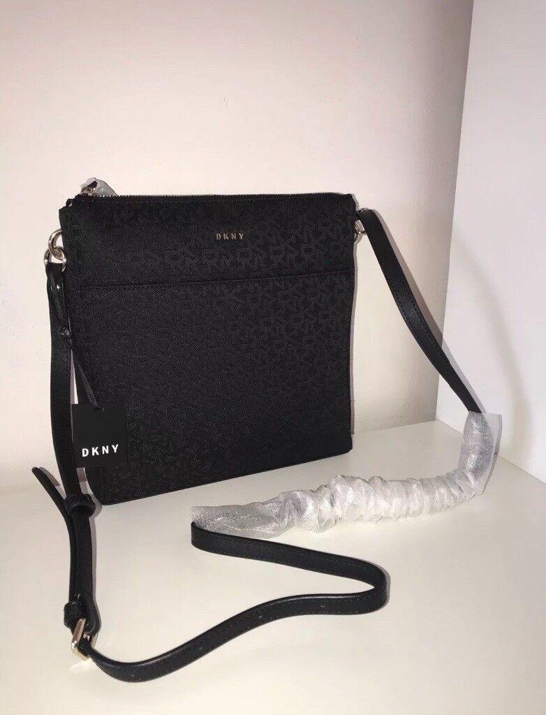 Brand New Genuine Dkny Donna Karen Black Canvas Logo Zip Messenger Crossbody Bag Offers