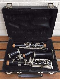 BUNDY -RESONITE CLARINET- SELMER COMPANY ORIGINAL IN FITTED HARD CARRY CASE/BOX