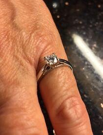 Platinum diamond solitaire ring. 0.51 carats DVS1.