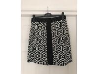 Wallis Black & White Skirt