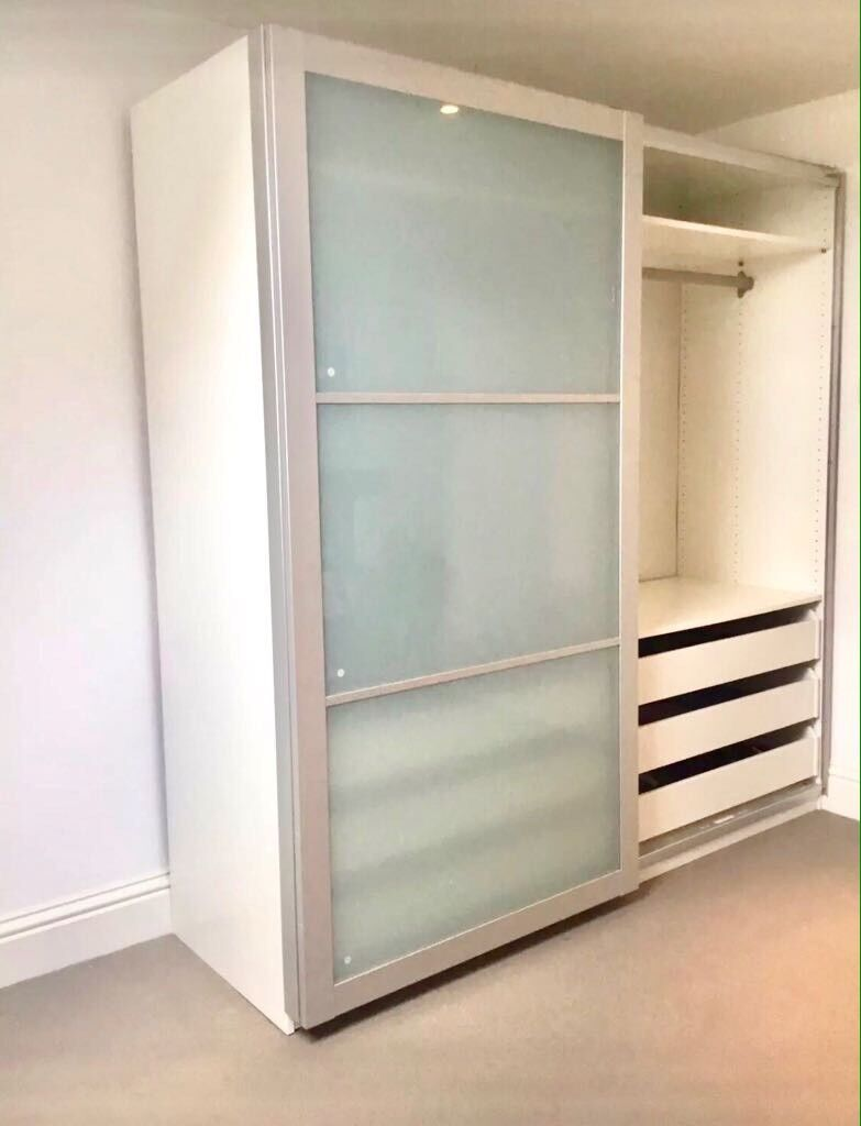 IKEA PAX WARDROBE WITH SLIDING FROSTED GLASS DOORS GOOD CONDITION 2YRS OLD  HOLDS LOADS