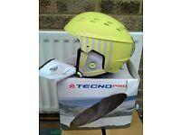 Ski / snowboard helmet, Tecno Pro Chinook. Size S