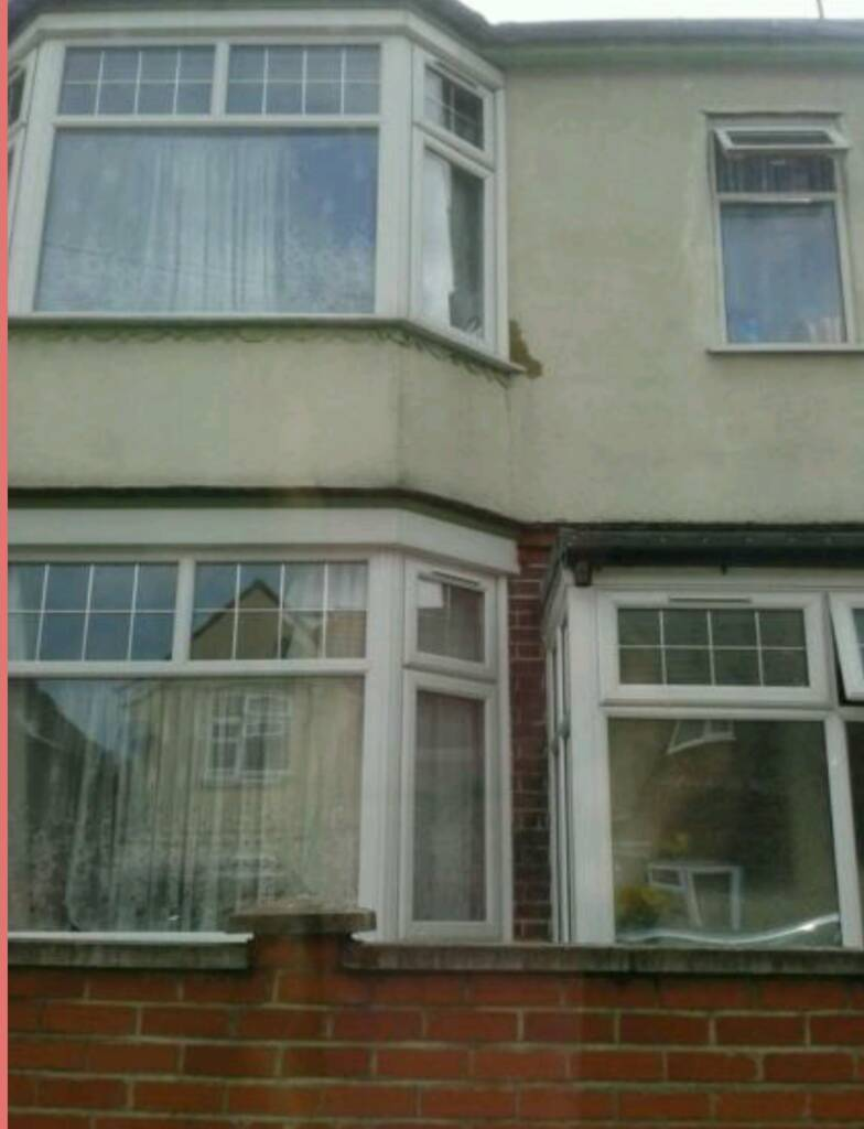 Excellent House For Rent In Luton Bedfordshire Gumtree Download Free Architecture Designs Lukepmadebymaigaardcom