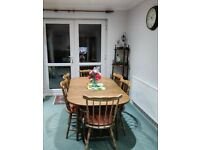 Wooden Classic Dining table with 6 Chairs