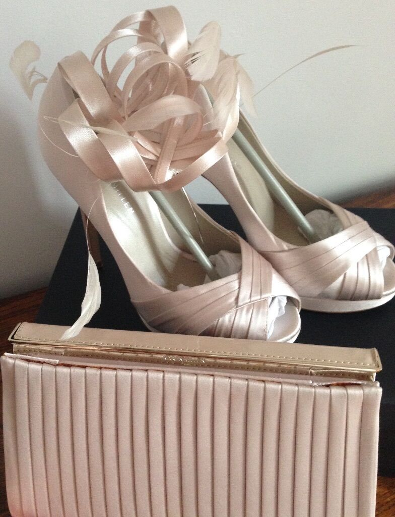 karen millen cream satin heeled shoes matching clutch bag. Black Bedroom Furniture Sets. Home Design Ideas