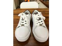Michael Kors white leather sneakers size 4