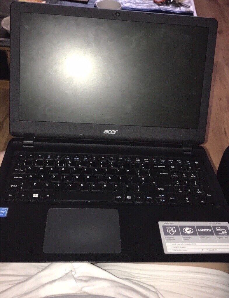 Acer laptop used twice great condition