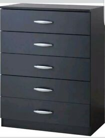 **bargain** GREAT CONDITION 5 DRAWER CHEST. ONLY couple weeks old.