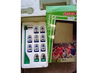 Subbuteo Team - Miscellaneous Excellent condition - 11 players in total