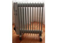 Portable 11-fin 2kW Electric Oil-filled Radiator Heater with Timer & Thermostat