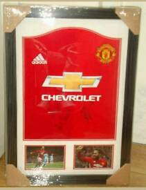 Juan Mata signed framed manchester united shirt with Coa