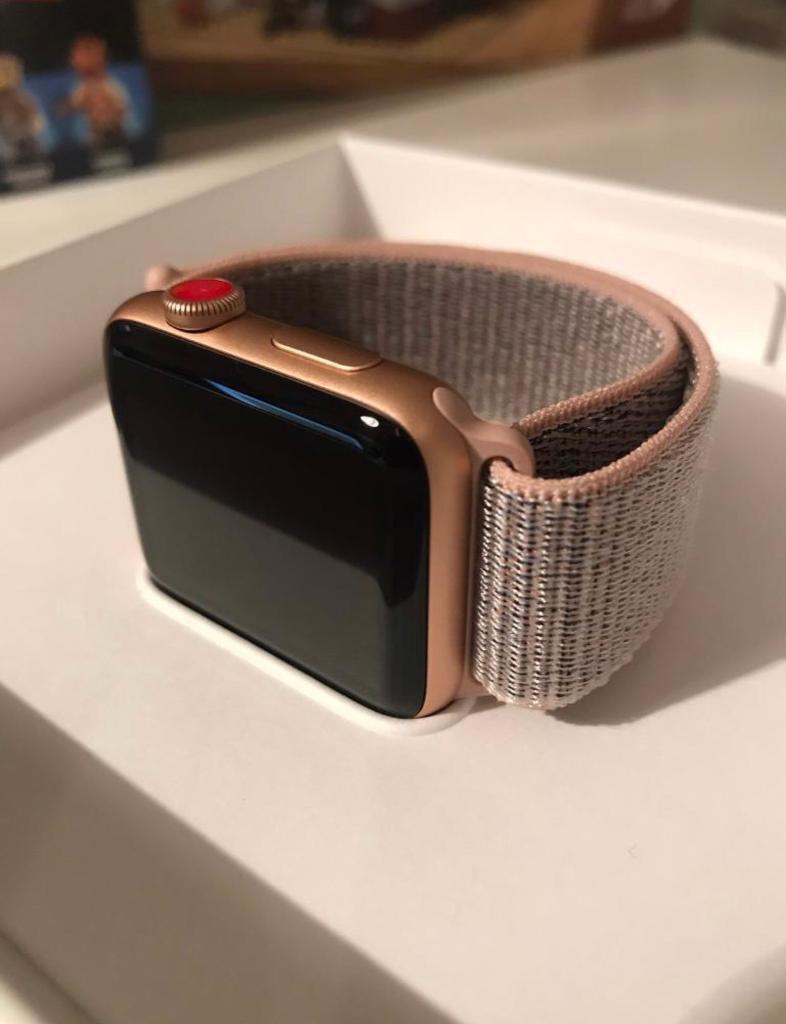 more photos 53a52 74167 Apple Watch Series 3 - 42mm - Gold Aluminium- Pink Sand Sport Loop - GPS/4G  Model | in Aberdeen | Gumtree