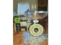 Mechanical Kitchen Scales all Chrome ** STILL IN BOX **