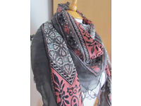 """Stylish scarf from light fabric """"Pull and Bear"""""""